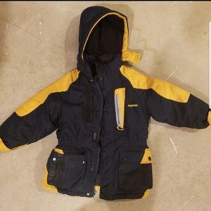 ❤OSHKOSH COAT, size 5T toddler boys